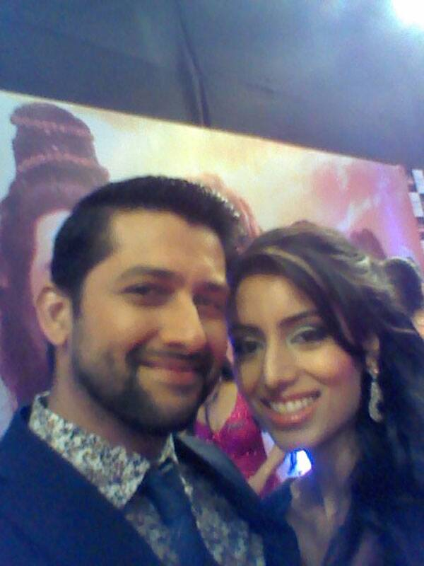 Our round of selfies continue with Aftab Shivdasani and his girlfriend. Don't they look cute?