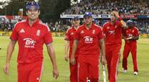 Finally, England register first win Down Under