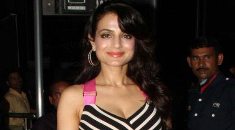 Ameesha Patel tweeted:  Got injured a few days ago... Fell very badly during an action sequence.. Knee is hurt but recovering.