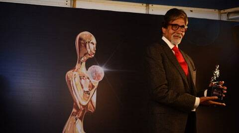 Amitabh Bachchan today said that he has no plans to retire from acting.