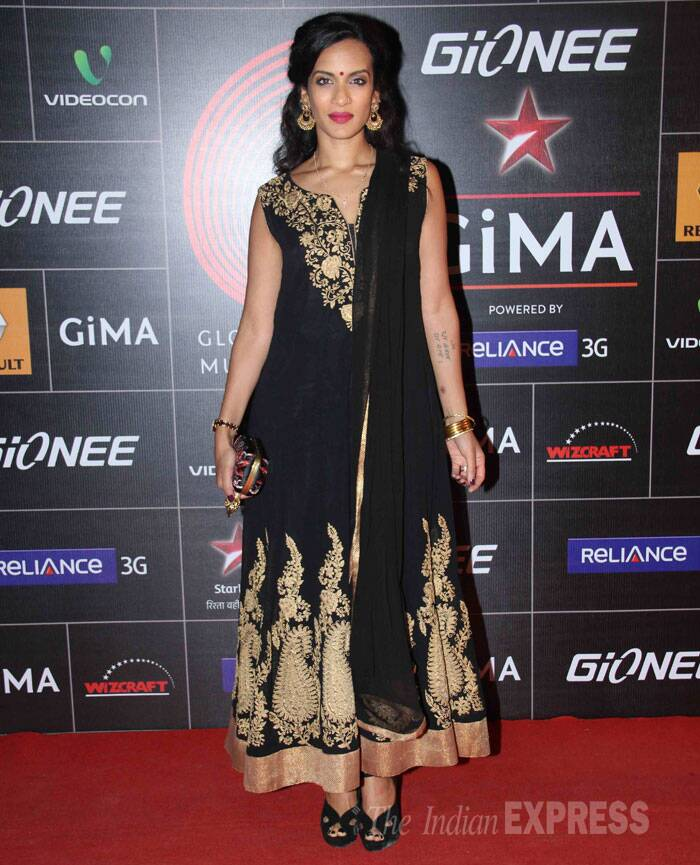 Anoushka Shankar, daughter of late sitar maestro Pandit Ravi Shankar, looked lovely in a black and gold ankle length kurti paired with gold accessories and black sandals. (Photo: Varinder Chawla)