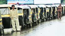 Auto drivers peeved with RTO for not following HC directives