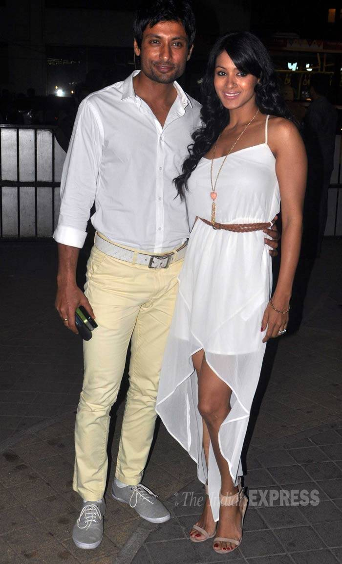 'Kahaani' actor Indraneil Sengupta was accompanied by his television actress wife Barkha Bisht, who picked a white dress paired with nude coloured ankle-strap sandals. (Photo: Varinder Chawla)
