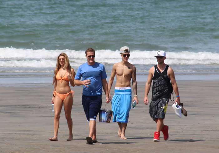 Justin Bieber took off to Panama along with rumoured new Chantel Jeffries. (AP)
