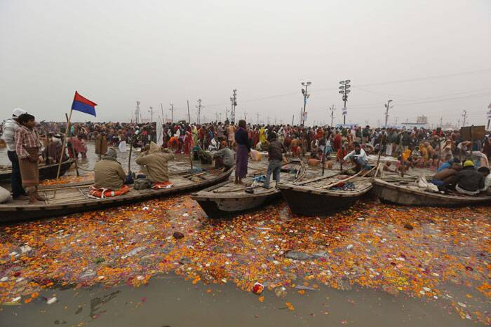 Devotees throng sangam for ongoing 'Magh Mela'