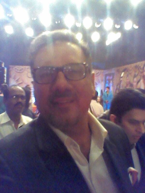 And one more for you Boman Irani fans!