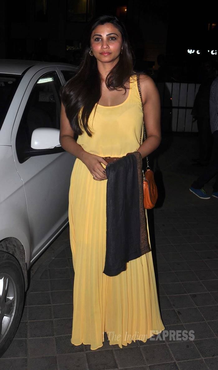 Film's lead actress and debutante Daisy Shah picked a pale yellow sleeveless maxi for the premiere. (Photo: Varinder Chawla)
