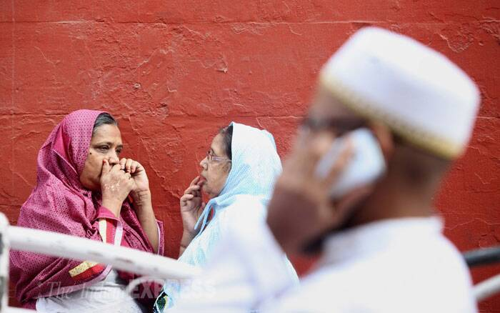 "Bohras thronged to the Syednas sermons. Dawoodi Bohra is a sect of Shia Muslims spread all over the world. One of the key principles of the sect is ""patriotism as part of the faith."" (IE Photo: Prashant Nadkar)"
