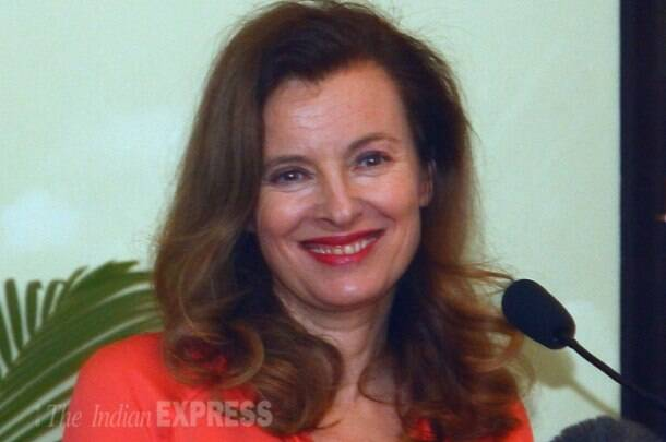 Valerie Trierweiler says 'don't worry about me' in first public appearance after separation from Hollande