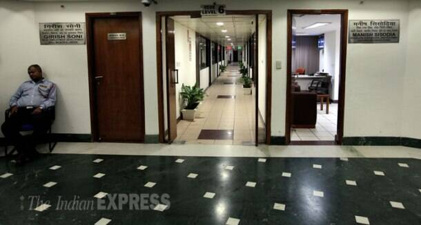 Delhi Secretariat wears a deserted look as Kejriwal govt runs from street