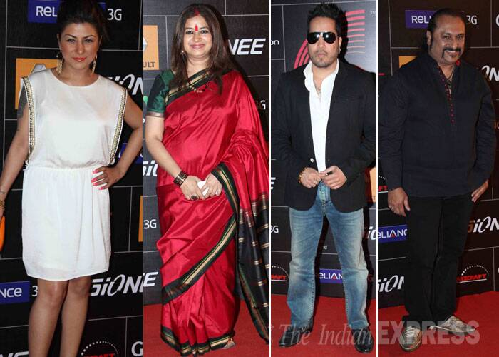 Rapper Hard Kaur was chic in a white dress, singer Rekha Bhardwaj went desi, Mika Singh looked cool in a blazer and shades, while composer Leslie Lewis was all smiles for the camera. (Photo: Varinder Chawla)