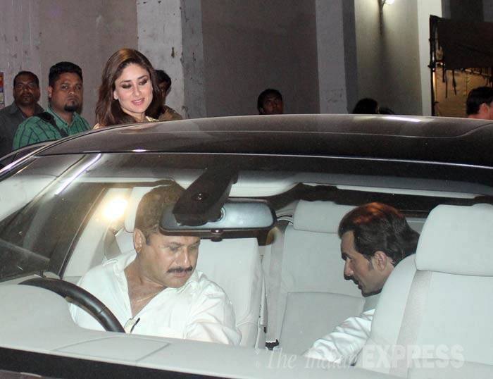 Saif and Kareena get into their car at the end of their shoot. (Photo: Varinder Chawla)