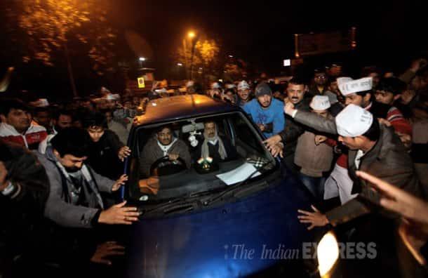 Arvind Kejriwal ends dharna, two cops sent on leave