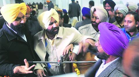 Councillors argue during the general house meeting of the Ludhiana MC on Friday.