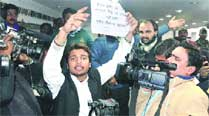 Saif Jafri at Kumar Vishwas's press meet, Lucknow Saturday.