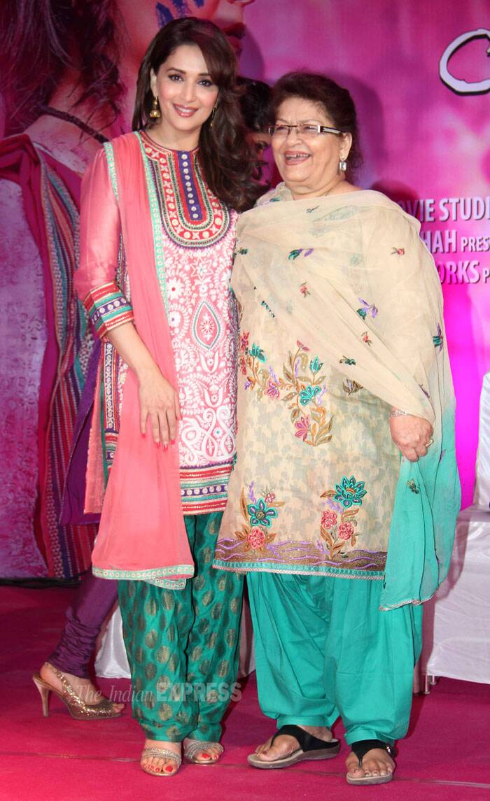 Madhuri is all smiles as she strikes a pose with the film's choreographer Saroj Khan. (Photo: Varinder Chawla)