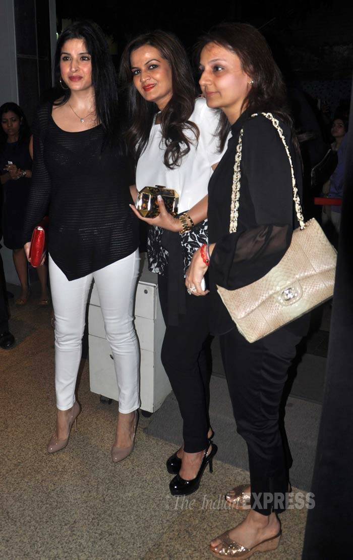 Designer Maheep Kapoor, who is known to be very close to Salman Khan's sister-in-law Seema Khan, was looking chic in a black top, white cigarette pants and nude heels, poses with her gang of girls. (Photo: Varinder Chawla)