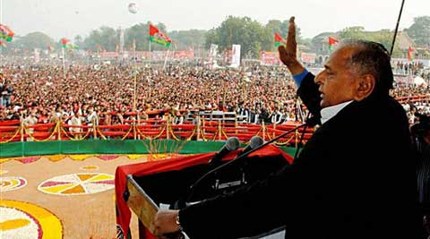 Mulayam Singh Yadav at a rally in Jhansi on Sunday. (PTI)