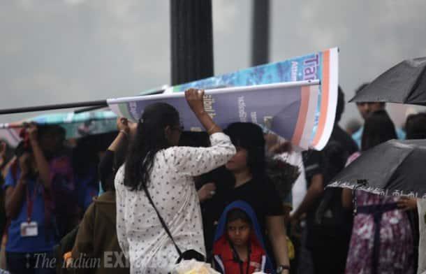 Sudden winter rains surprise Mumbai