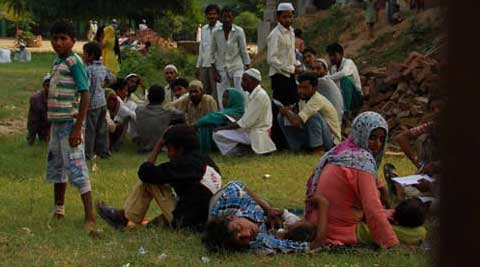 Muzaffarnagar riot victims in relief camps. (IE  Photo)