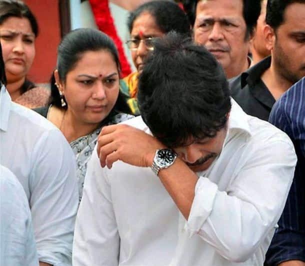 Nagarjuna, Venkatesh, other Telugu stars bid adieu to ANR