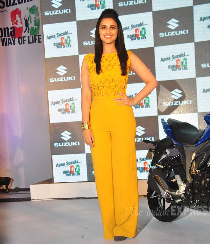 Parineeti Chopra, who will be seen in rom-com 'Hasee Toh Phasee', was chic in a mustard colour jumpsuit paired with a golden cuff. (Photo: Varinder Chawla)