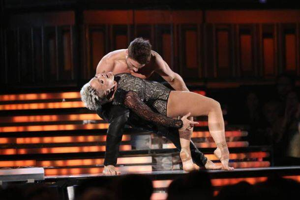 Grammys 2014: Beyonce, Jay Z get raunchy, Katy Perry and Pink perform