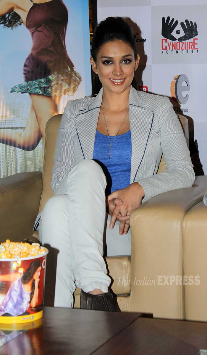 Girlfriend and co-star Preeti Desai was hot in a blue tank top paired with a light coloured jacket and matching skinnys. (Photo: Varinder Chawla)
