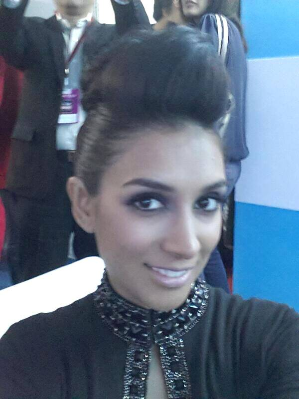 And girlfriend Preeti Desai isn't too far off. Another addition to our Life OK Screen Awards selfie project.