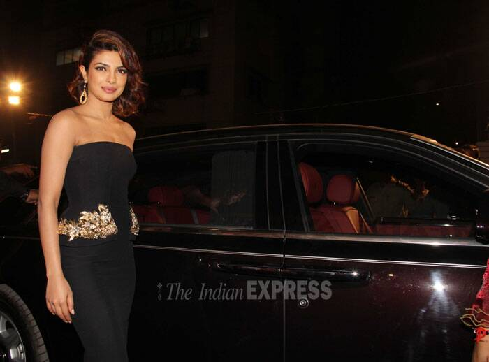 <b>Priyanka Chopra</b>: Songstress Priyanka Chopra, who hosted a recent award show, has to definitely feature on our best dressed list. She showed off her was fab figure in a black McQueen gown. (Photo: Varinder Chawla)