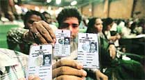 Only 22% in district have linked Aadhaar cards, bankaccounts