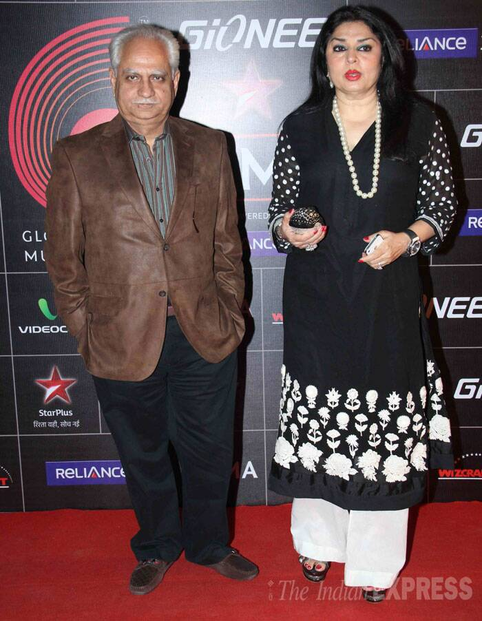 Filmmaker Ramesh Sippy poses for the cameras sans a smile along with wife Kiran. (Photo: Varinder Chawla)