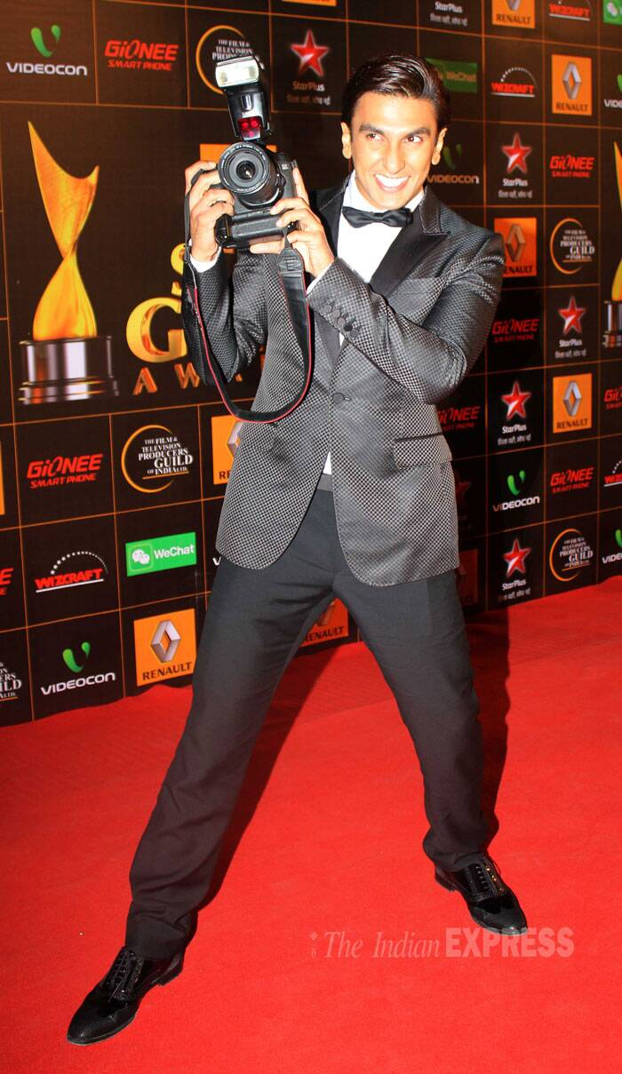 Ranveer Singh is in a mood to experiment - he was in a Tom Ford black suit for Screen Awards 2014, then a printed Versace suit for Filmfare nomination party. And for the Star Guild Awards Ranveer Singh wore a Gucci suit with Dior brogues. We love this man's choice. (Photo: Varinder Chawla)
