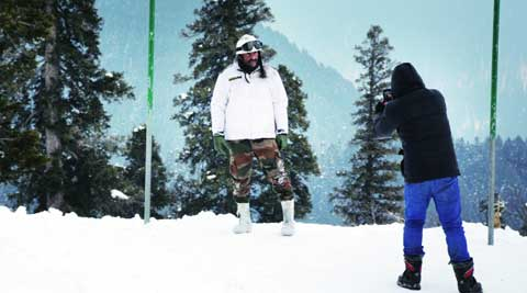 Saif Ali Khan poses against the snow laden backdrop of Gulmarg