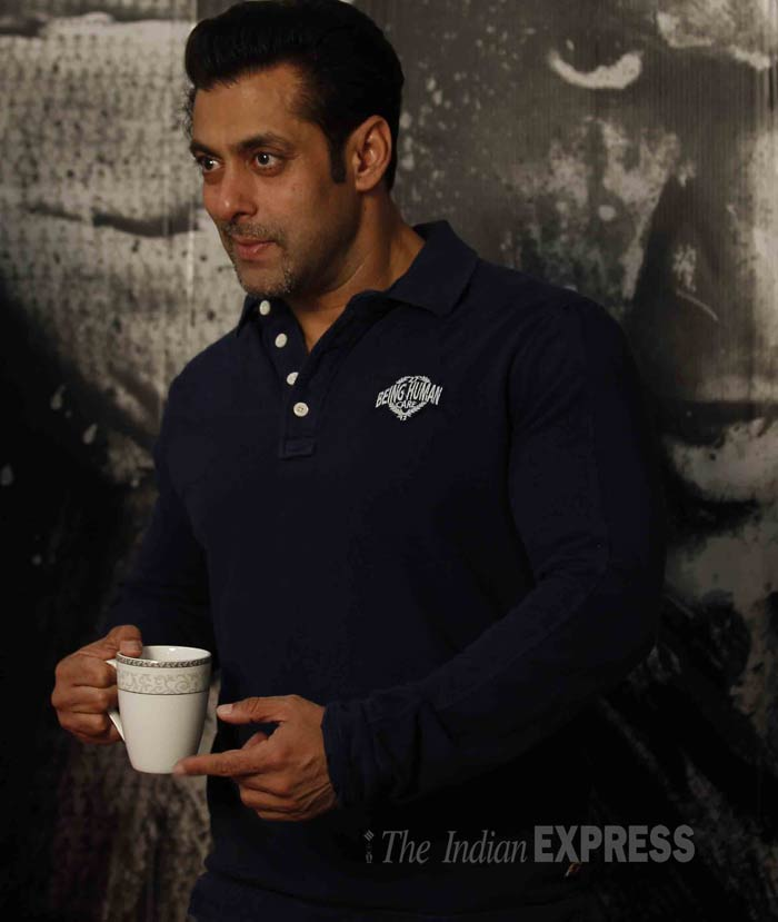 Salman Khan, who is really worried about the box office fate of 'Jai Ho',  enjoys a cup of tea at the promotional event. (IE Photo: Prakash Yeram)