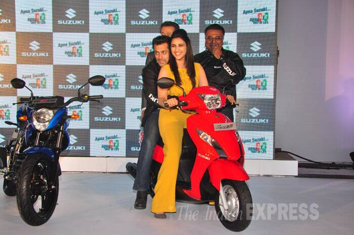 Parineeti is all smiles during her turn to ride Salman Khan around. (Photo: Varinder Chawla)
