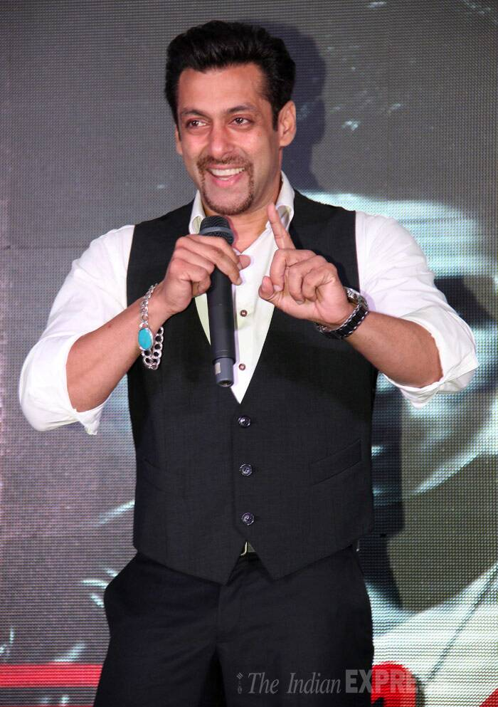 Bollywood superstar Salman Khan was super-suave as he attended a music album launch in Mumbai on Thursday (January 30) sporting a frenchie. We're guessing this could be the 'Jai Ho' actor's new look for his upcoming film 'Kick' opposite Jacqueline Fernandez. (Photo: Varinder Chawla)