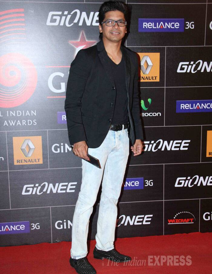 Singer Shaan was suave in a black jacket paired with light blue denims. (Photo: Varinder Chawla)
