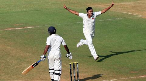 Shardul Thakur was the pick of the Mumbai bowlers with figures of 4/62 in the quarterfinal game against Maharashtra. (Kevin D' souza)