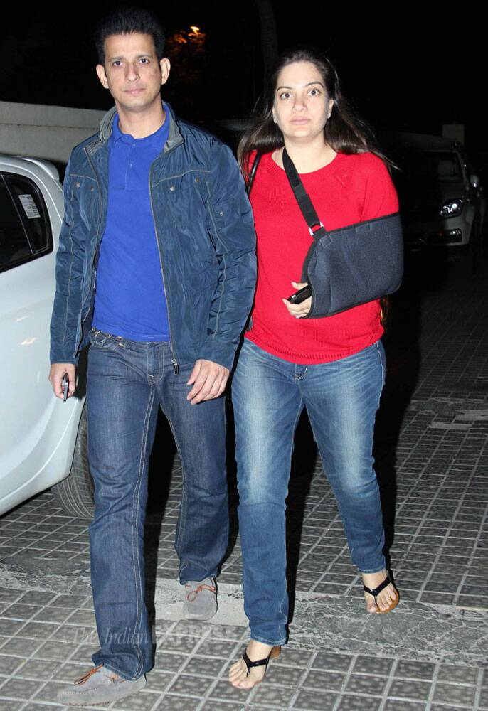 Bollywood actor Sharman Joshi was also spotted with his wife Prerana Chopra in Mumbai. (Photo: Varinder Chawla)