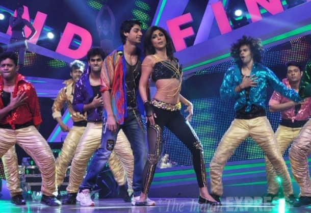 Shilpa Shetty's daredevil act for Nach Baliye 6 finale