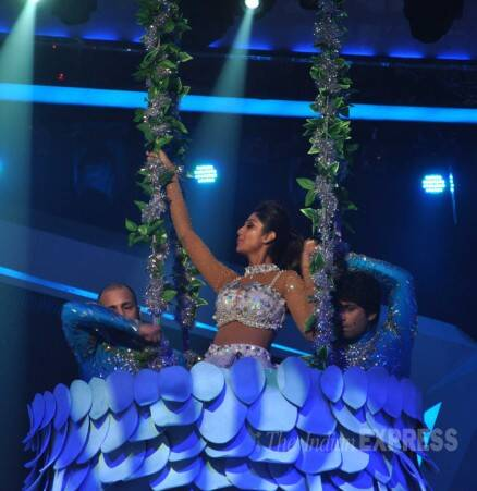 Shilpa Shetty's daredevil act for Nach Baliye 6 finale