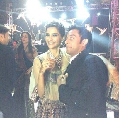 Sonam and dad, Anil Kapoor at family wedding