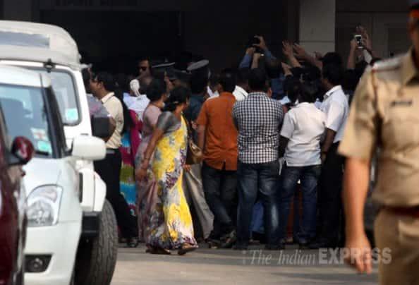 Shah Rukh Khan injured during film shoot, rushed to hospital