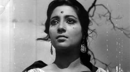 Suchitra Sen critical, surviving on oxygen support, saydoctors