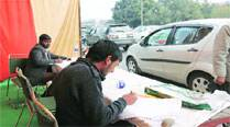 The survey being conducted on Madhya Marg in Chandigarh on Wednesday. 	Jaipal Singh