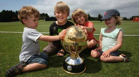 The ICC World Cup Qualifying trophy (Photo: IDI/Getty Images)