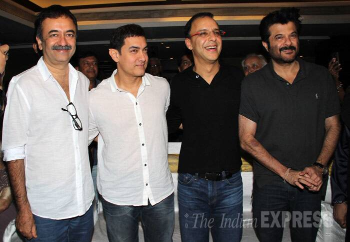 Director Raj Kumar Hirani, Prasoon Joshi, Vidhu Vinod Chopra and actor Anil Kapoor share a light moment.(Photo: Varinder Chawla)