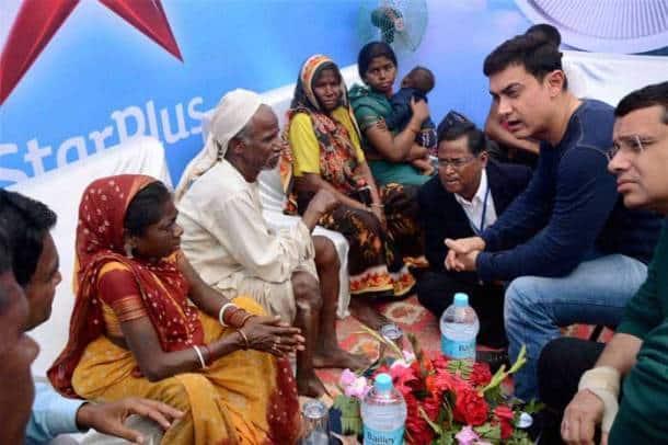 Aamir Khan visits Dasrath Manjhi's family ahead of 'Satyamev Jayate 2'