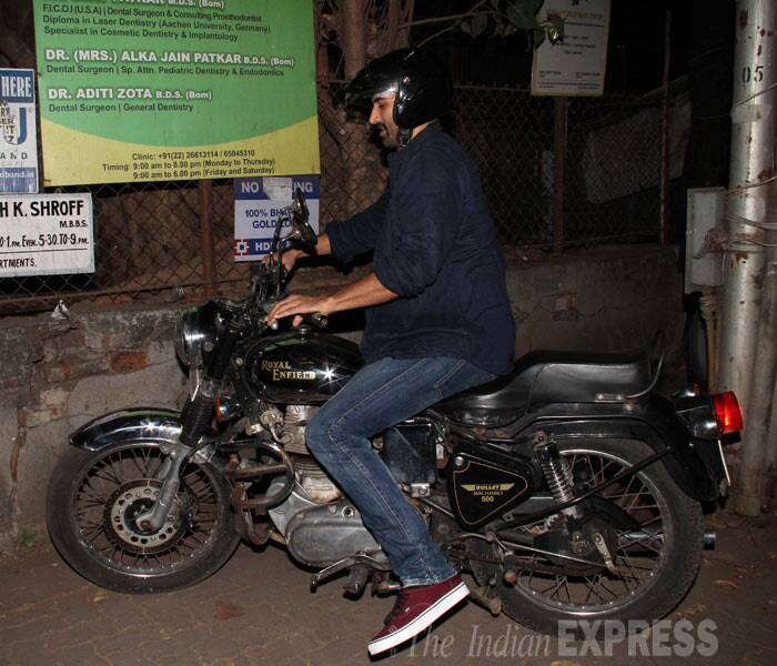 'Aashiqui 2' actor Aditya Roy Kapur arrived on his motorbike. (Photo: Varinder Chawla)